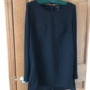 White House black market tunic top